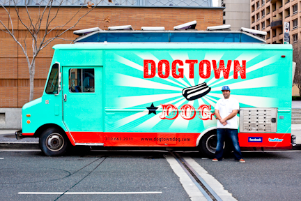 Downtown Dogs Food Truck