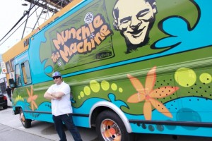 vivalafoodies.com goes under cover with the munchie machine