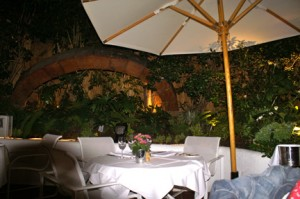 michael's santa monica patio